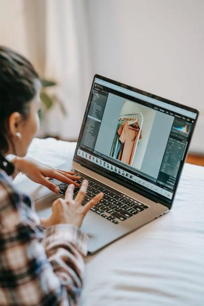woman doing editing image